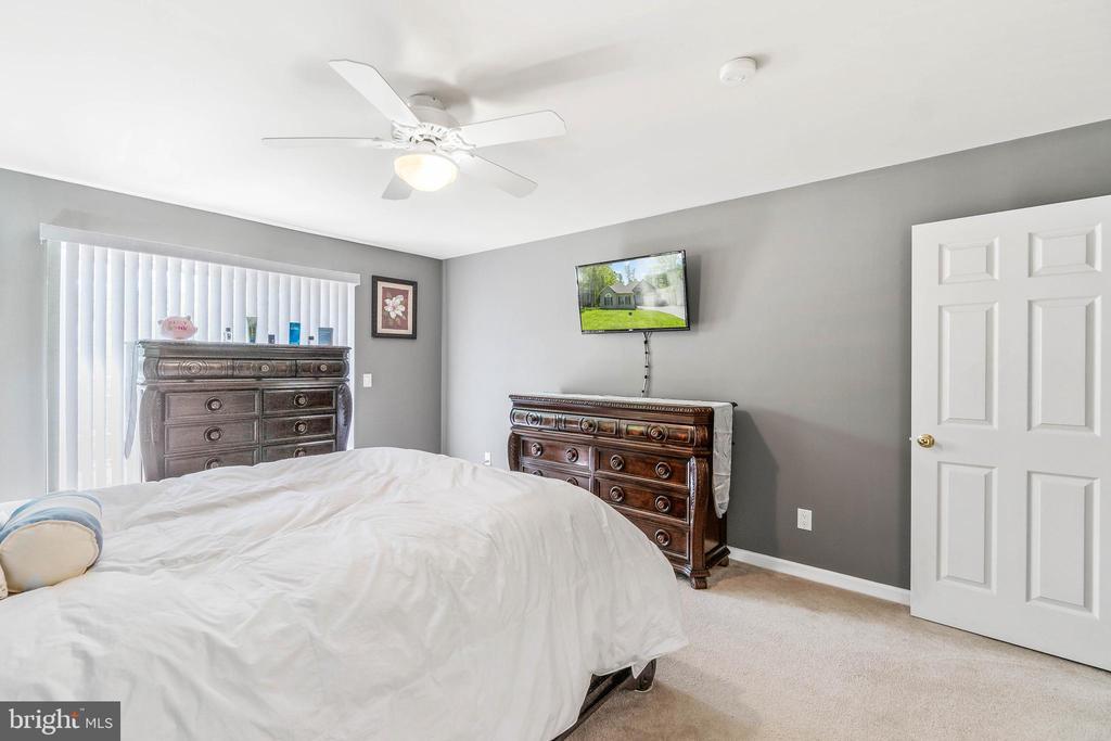 Primary bedroom - 118 MONTICELLO CIR, LOCUST GROVE