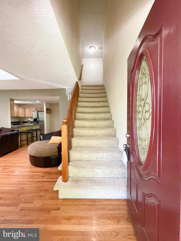 Foyer area and stairs to the third level - 1501 BROOKE RD, STAFFORD