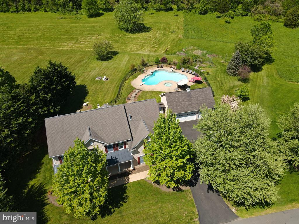 Alt view of arial view of home - 42308 GREEN MEADOW LN, LEESBURG