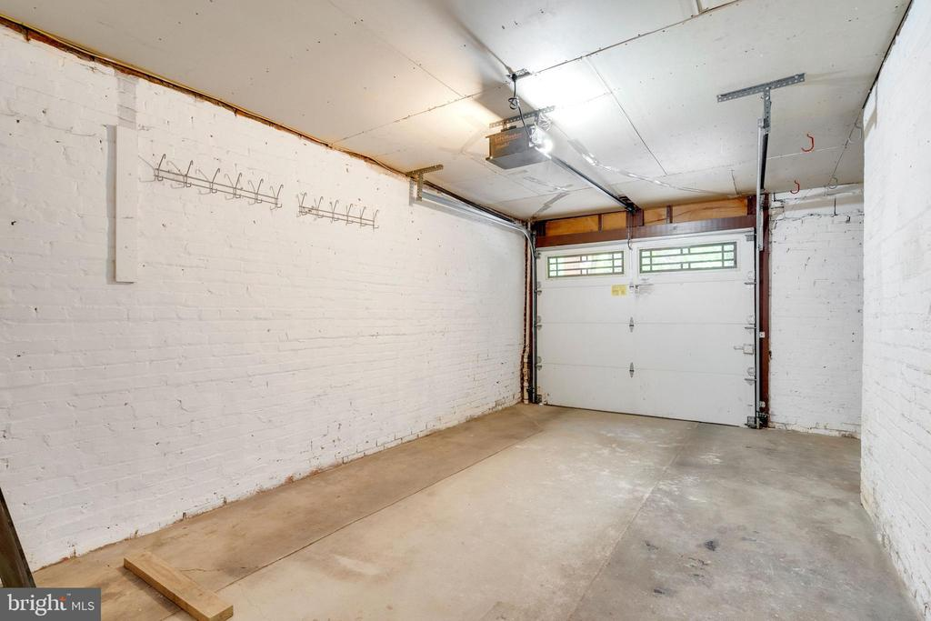 Garage - 3605 34TH ST NW, WASHINGTON
