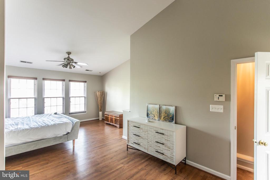 Primary Bedroom! - 9818 MAITLAND LOOP, BRISTOW