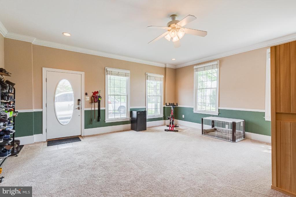View of extra room emptied - 42308 GREEN MEADOW LN, LEESBURG