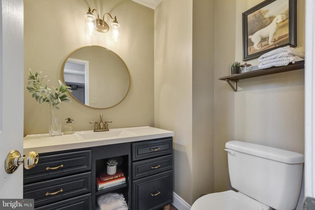 First Floor Half Bath - 10213 N HAMPTON LN, FREDERICKSBURG