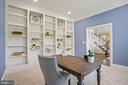 Office with built-in bookshelves - 20585 STONE FOX CT, LEESBURG