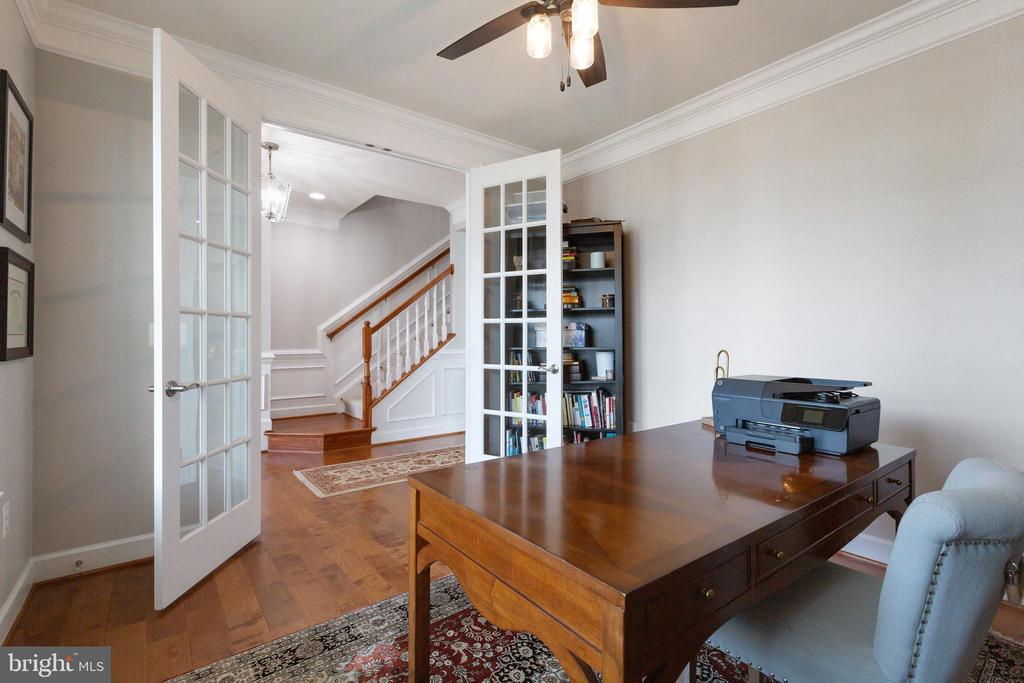 French doors for privacy and light - 15080 ADDISON LN, WOODBRIDGE