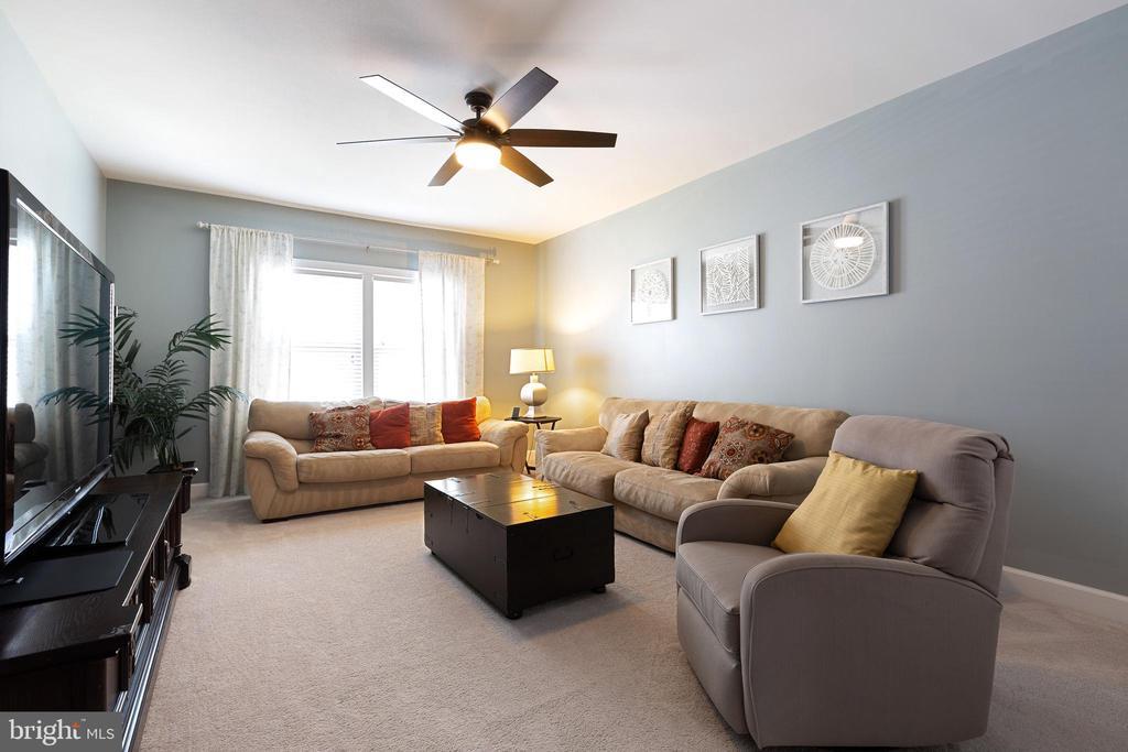 5th bedroom on second floor - 15080 ADDISON LN, WOODBRIDGE