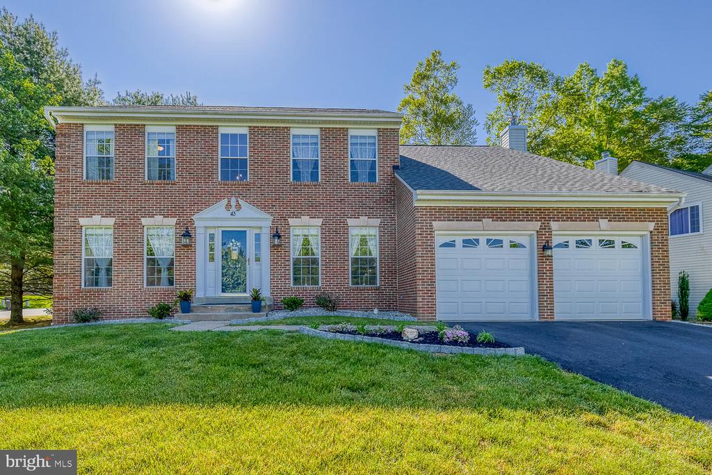 Welcome Home! - 43 CHRISTOPHER WAY, STAFFORD