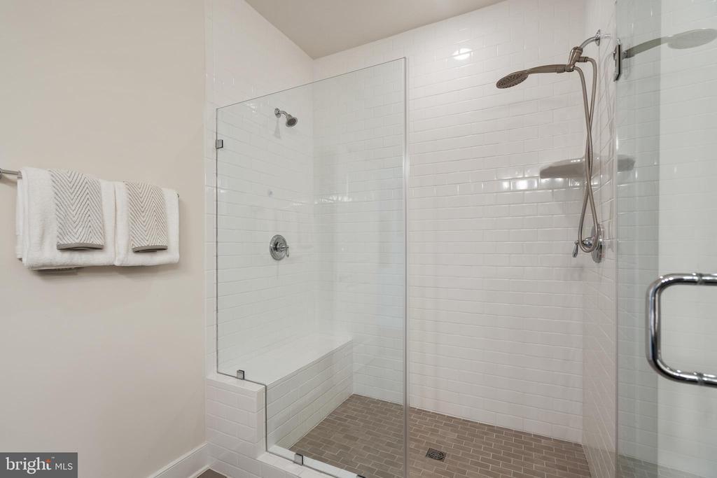 Primary shower - 11200 RESTON STATION BLVD #301, RESTON