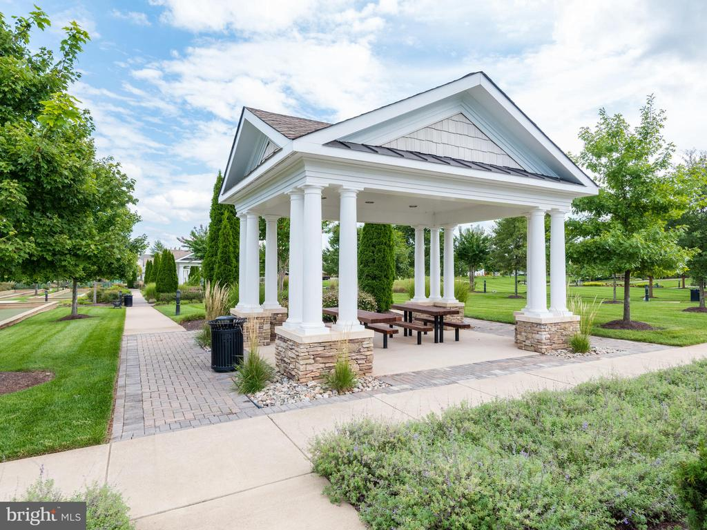 Gazebos with Picnic Tables located in bavk o tlhe - 20580 HOPE SPRING TER #207, ASHBURN
