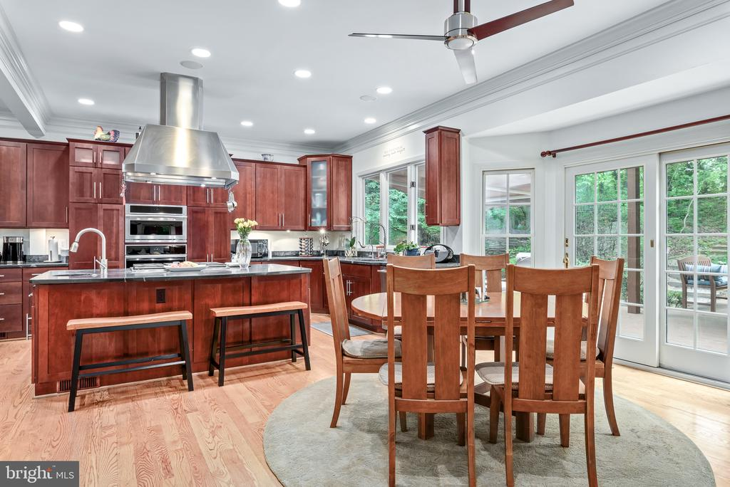 Eat-in Kitchen - 20441 WINFIELD PL, STERLING