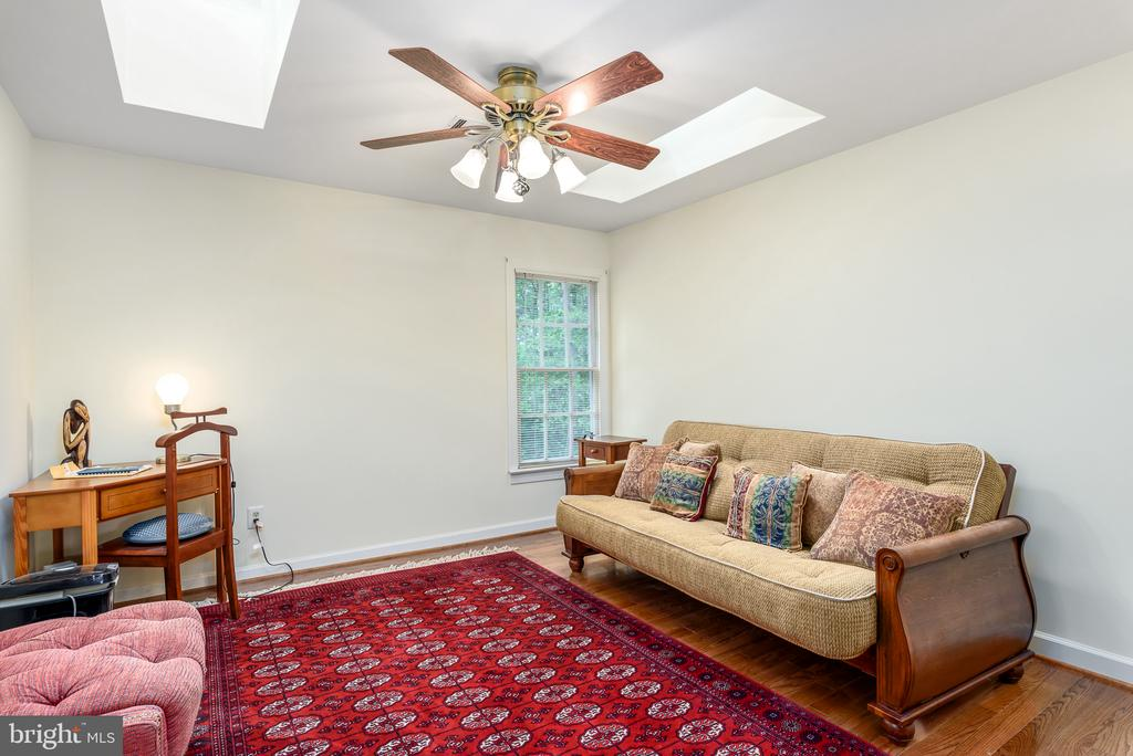 Bedroom 2 with Skylights - 20441 WINFIELD PL, STERLING