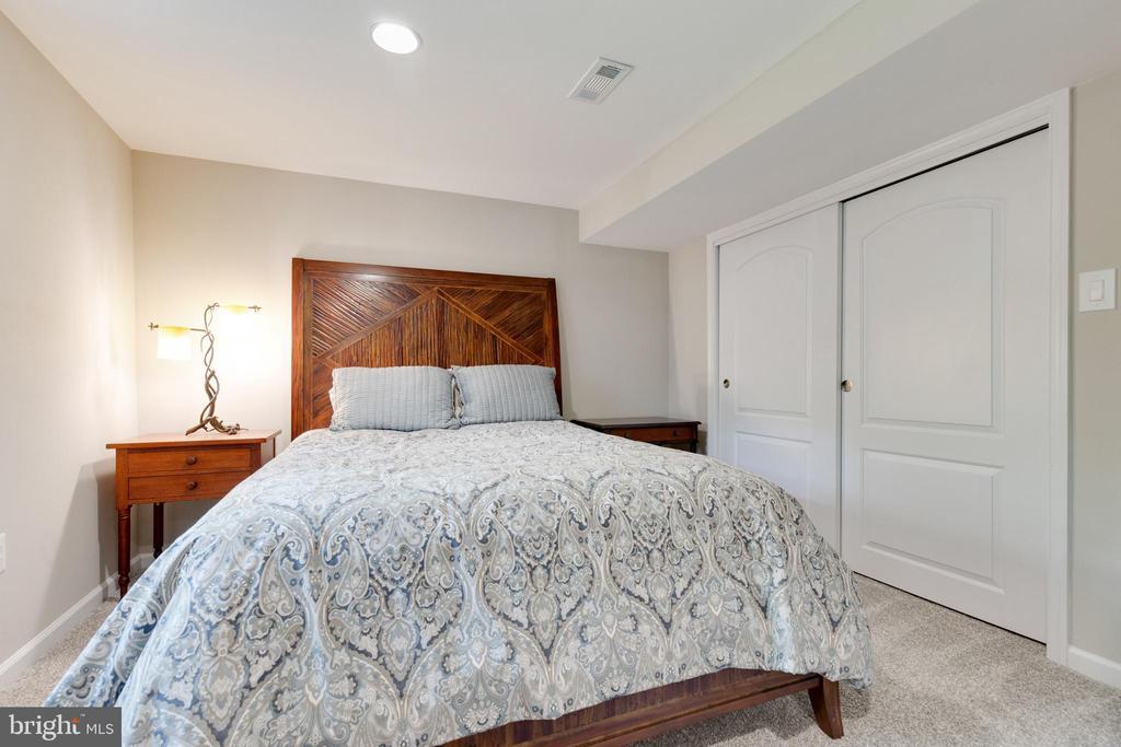4th Bedroom - 5068 COLERIDGE DR, FAIRFAX