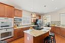 Granite counters, stainless steel appliances... - 41959 ZIRCON DR, ALDIE