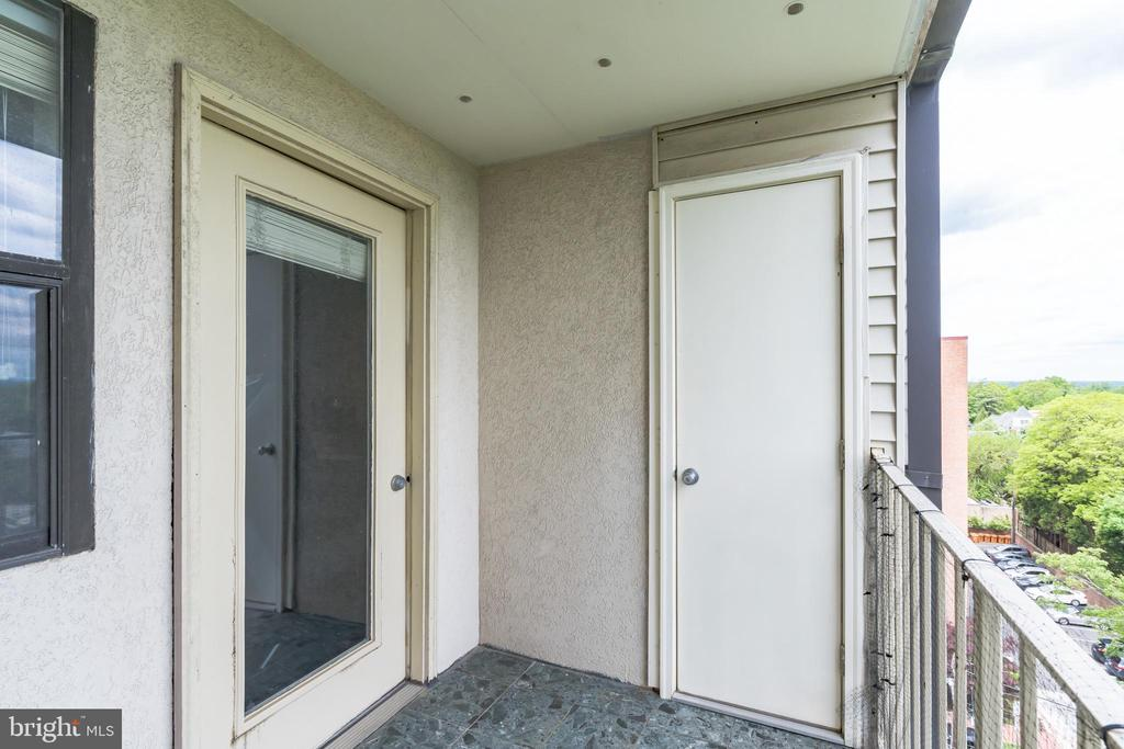 Open Balcony with Large Storage Room for Bikes - 3217 WISCONSIN AVE NW #7C, WASHINGTON