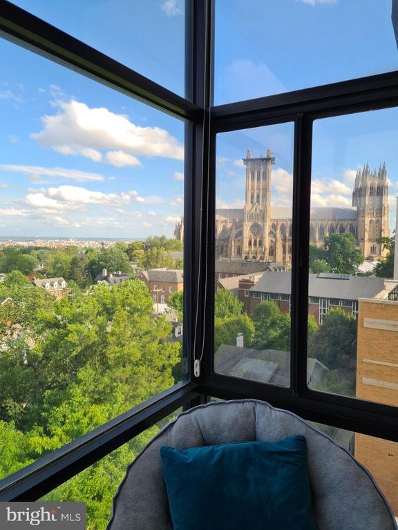 Enclosed Sunroom Views of National Cathedral & DC - 3217 WISCONSIN AVE NW #7C, WASHINGTON