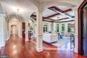 Sophisticated 10ft Architectural Ceilings - 8334 ALVORD ST, MCLEAN