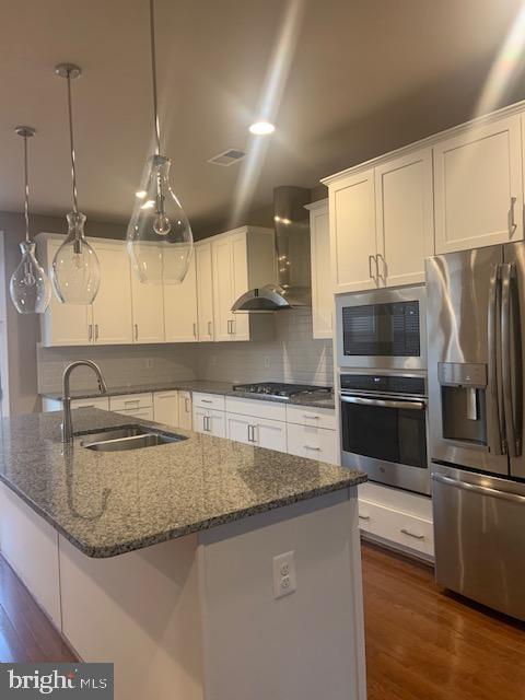 Gourmet kitchen - granite countertop - island - 42426 DOGWOOD GLEN SQ, STERLING
