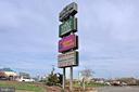 - 9270 SPRUCEWOOD RD, BURKE