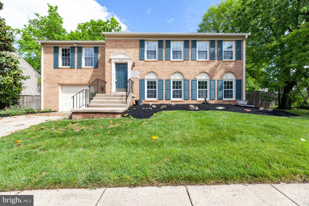 Welcome to 13406 Parcher Ave - 13406 PARCHER AVE, HERNDON