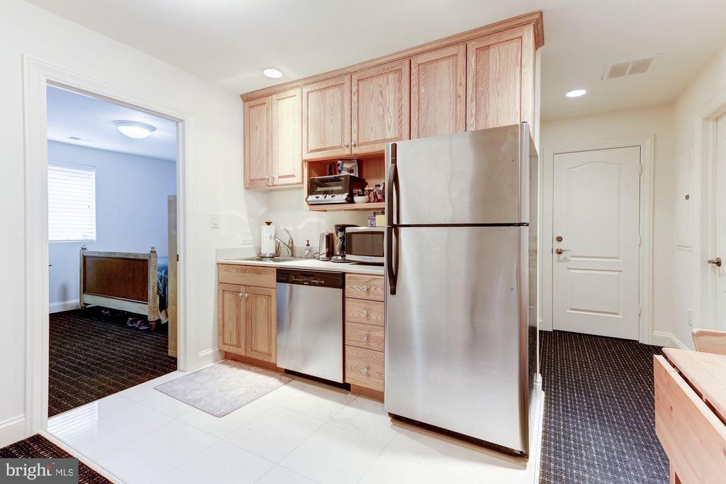 4th Floor Kitchette - 2221 30TH ST NW, WASHINGTON