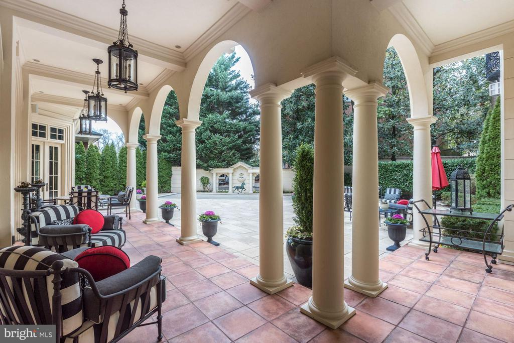 Covered Terraces - 2221 30TH ST NW, WASHINGTON