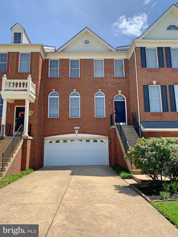 - 25216 WHIPPOORWILL TER, CHANTILLY