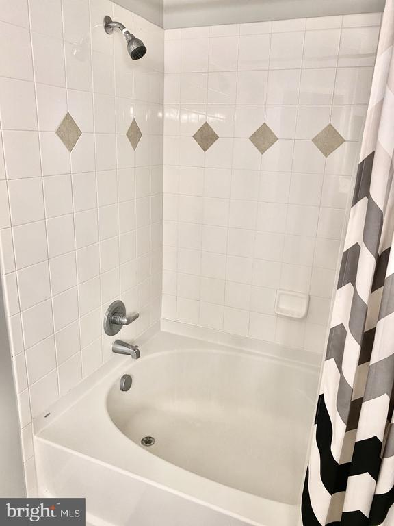 Full Bath - 501 SUNSET VIEW TER SE #407, LEESBURG