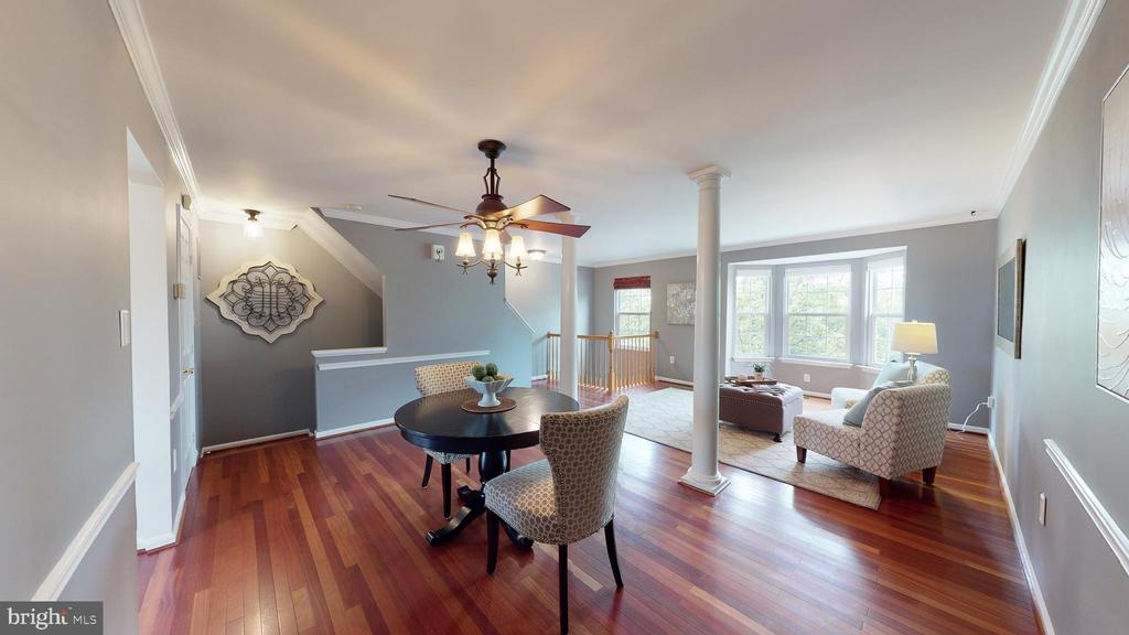 Bright and Cheerful - 210 GOLDEN LARCH TER NE, LEESBURG