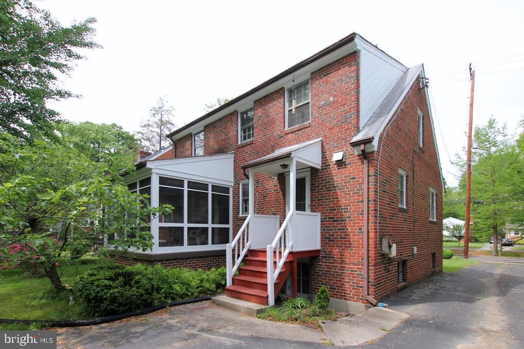 Back of house - 4437 WELLS PKWY, UNIVERSITY PARK