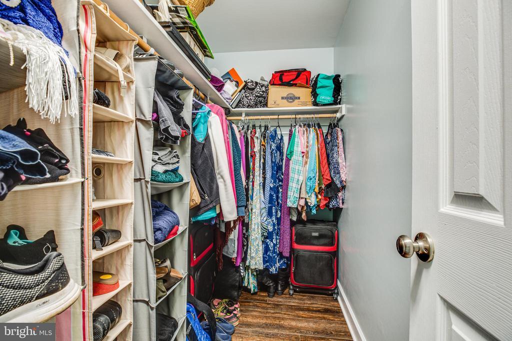 Walk-in closet in master! - 6300 TAVERNEER LN, SPOTSYLVANIA