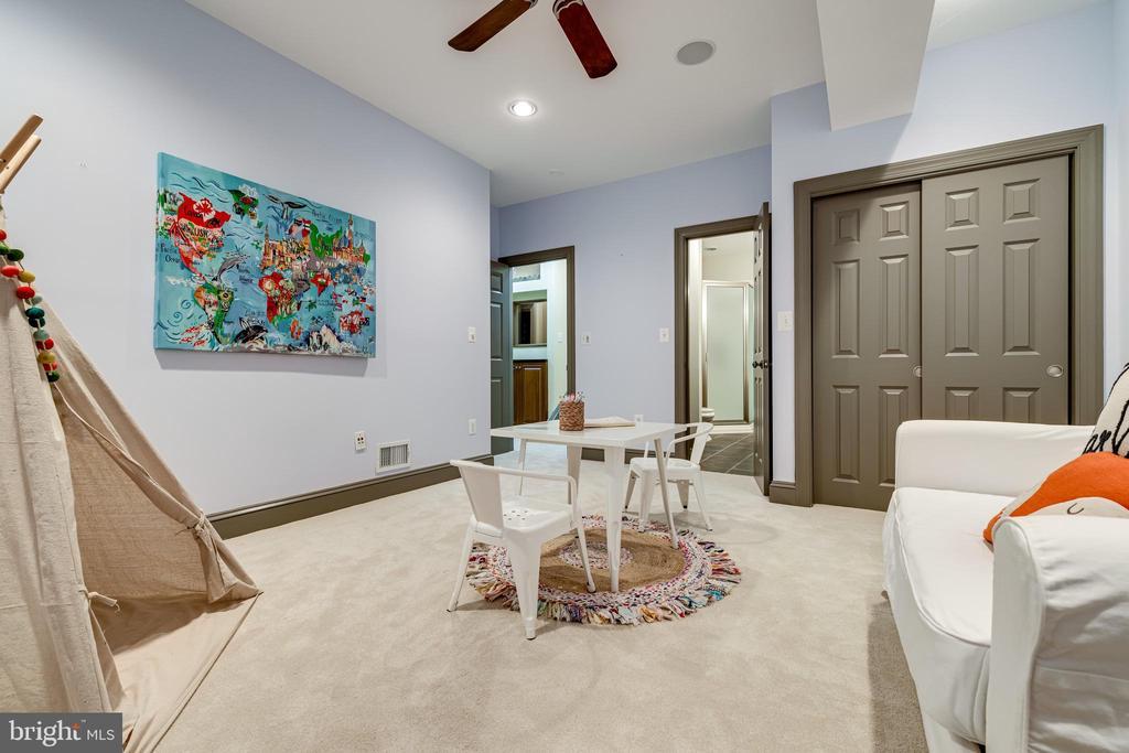 Bonus room #1 on lower level - 1904 MALLINSON WAY, ALEXANDRIA