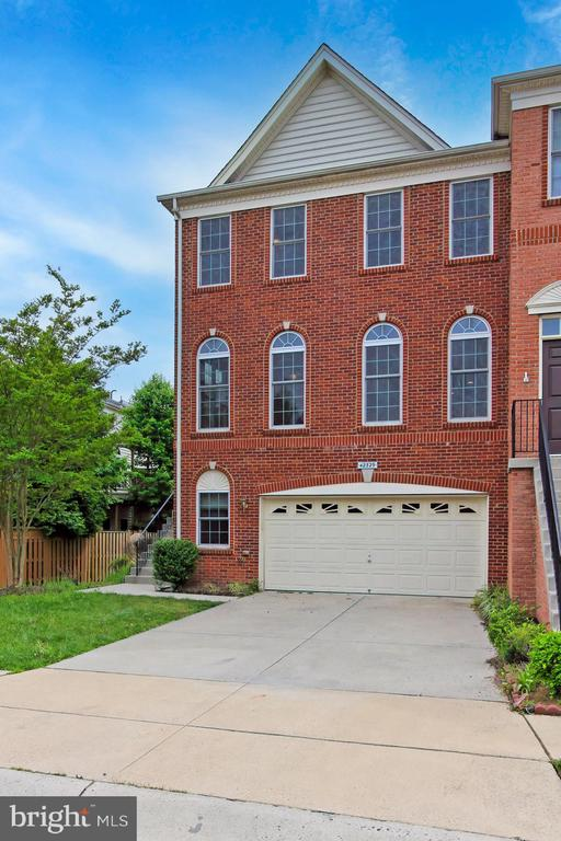 Come Tour Today! - 42329 CAPITAL TER, CHANTILLY