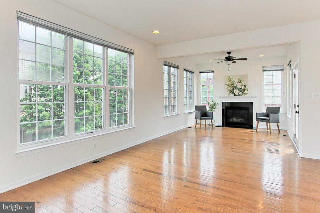 Light-Filled Family Room with Bump-Out! - 42329 CAPITAL TER, CHANTILLY
