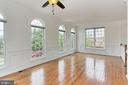 Light-Filled End Unit Home! - 42329 CAPITAL TER, CHANTILLY