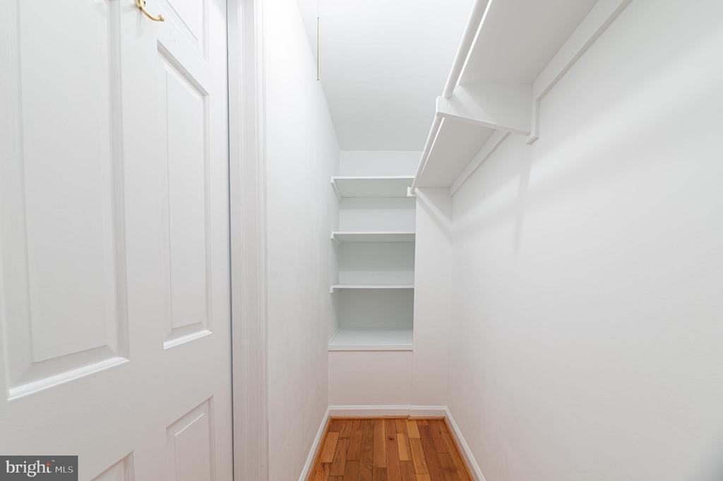 Bedroom 1 - Walk in closet - 3543 S STAFFORD ST #A, ARLINGTON