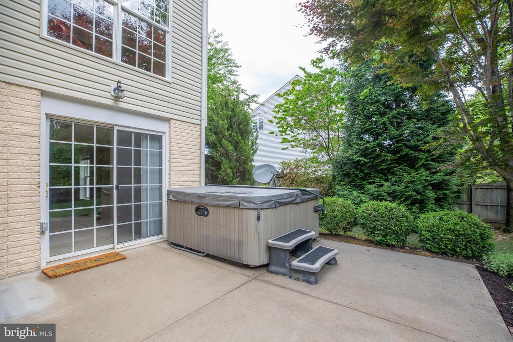 Hot tub is privately located in rear of home - 29 WALLACE LN, STAFFORD