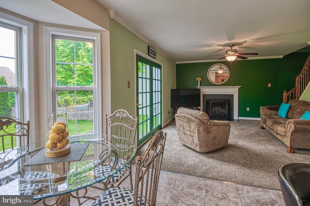Eat In Kitchen-Family Room - 103 CROSSING POINTE CT, FREDERICK