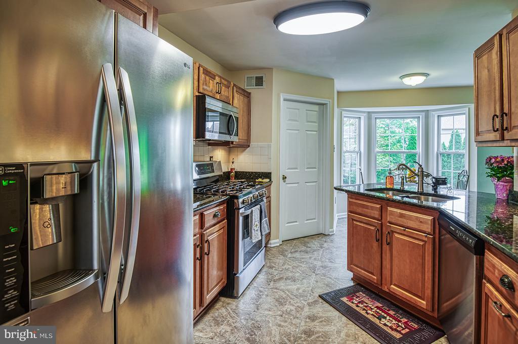Kitchen - 103 CROSSING POINTE CT, FREDERICK