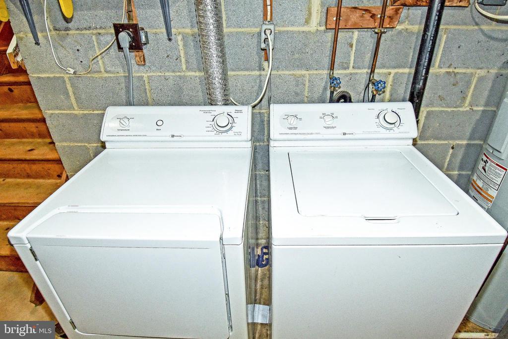 Basement Washer and Dryer - 6463 FENESTRA CT #50C, BURKE