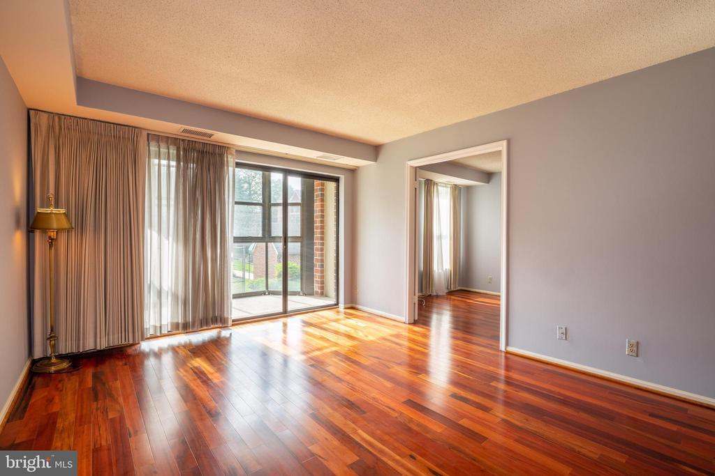 LIVING ROOM AND BEDROOM VIEW - 2100 LEE HWY #328, ARLINGTON