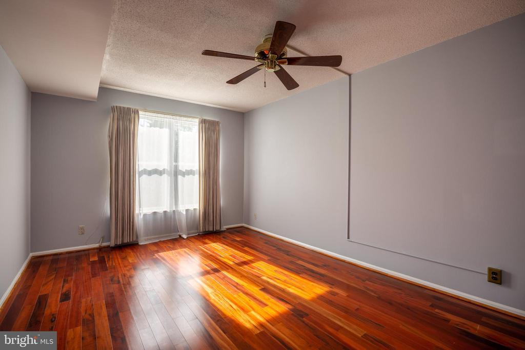 BEDROOM 1 - 2100 LEE HWY #328, ARLINGTON