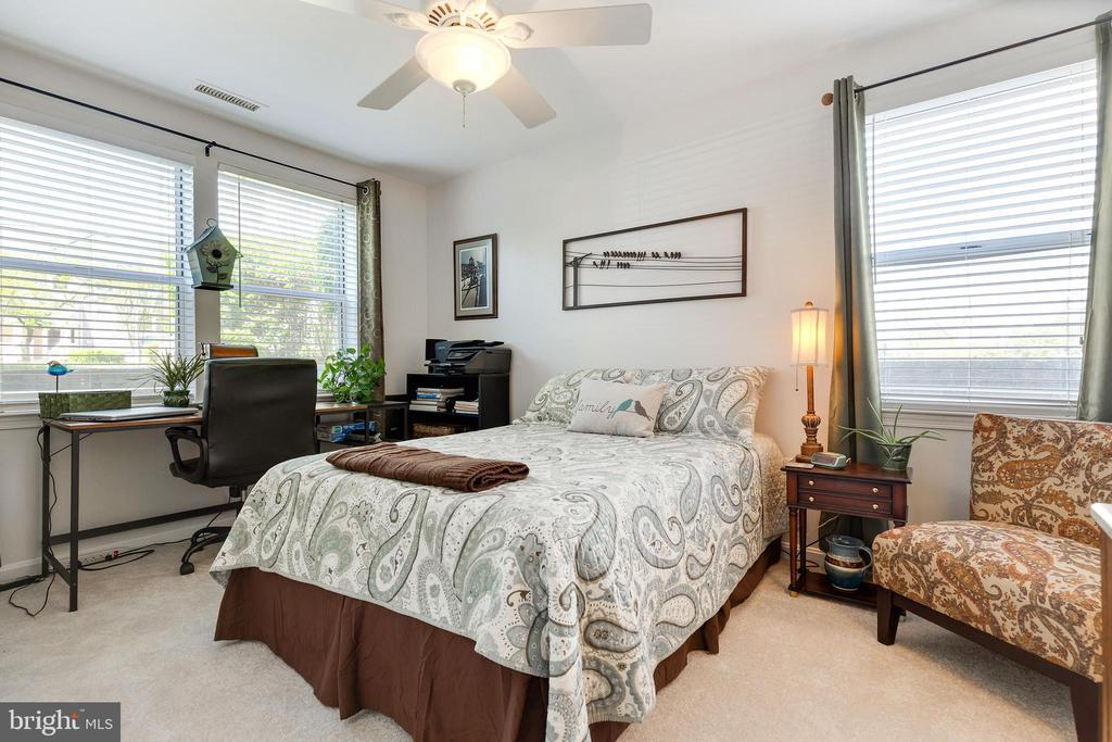 Secondary Bedroom - 20576 SNOWSHOE SQ #101, ASHBURN