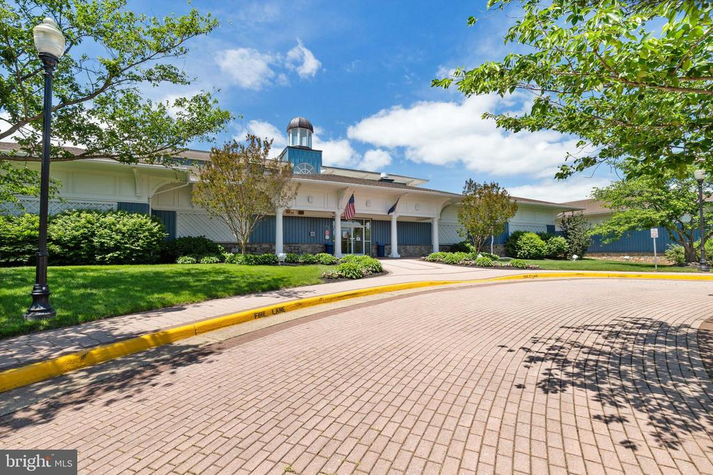 Pavilion with Fitness Center, Pools & Tennis - 20576 SNOWSHOE SQ #101, ASHBURN