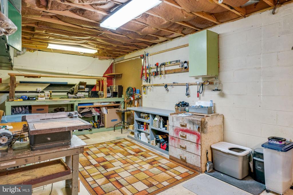 Work Shop Area - 4316 MOUNTAIN VIEW DR, HAYMARKET