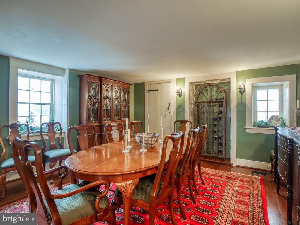 Dining room off kitchen - 20775 AIRMONT RD, BLUEMONT