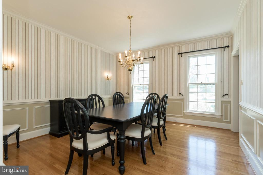 Dining Room (new chandelier to be installed) - 13645 MELSTONE DR, CLIFTON