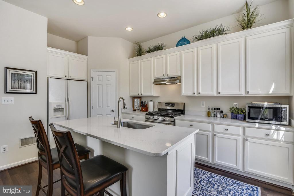 Pantry - 43533 MINK MEADOWS ST, CHANTILLY