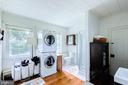 Stackable washer and dryer - 19060 LINCOLN RD, PURCELLVILLE