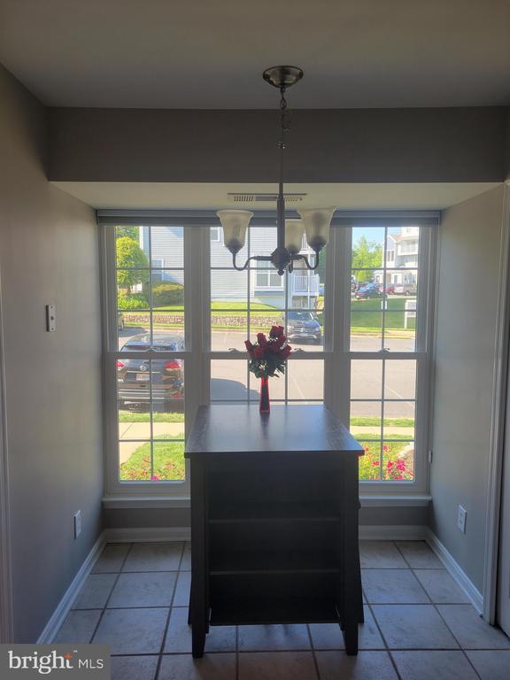 Kitchen-Eating Area - 11755 TOLSON PL #11755, WOODBRIDGE