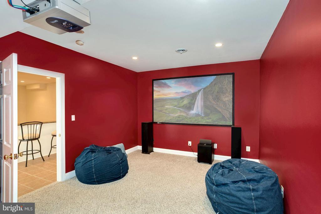 Lower level Media Room - 14915 LIMESTONE SCHOOL RD, LEESBURG